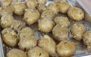 Молодая картошка в духовке - фото шаг 2