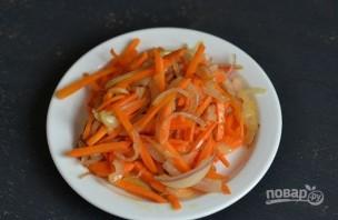 Минтай в сметане с овощами - фото шаг 2