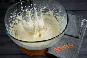 Быстрая глазурь из крем-сыра для торта - фото шаг 2