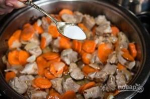 Запеченное мясо с картошкой - фото шаг 7