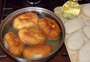 Пирожки на сыворотке жареные - фото шаг 7