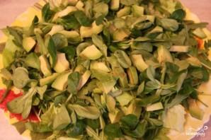 Салат с вялеными помидорами и авокадо - фото шаг 1