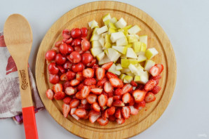 Фруктово-ягодный десерт