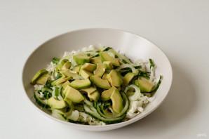 Салат с пекинской капустой и авокадо - фото шаг 4