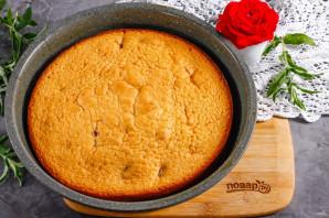 Пирог с клубникой и малиной - фото шаг 7