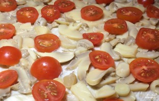Пицца с сыром сулугуни - фото шаг 3