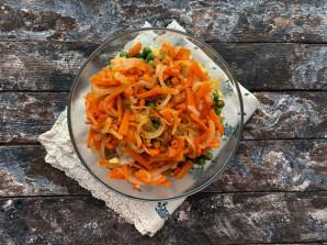 Салат с куриными сердечками и печенью - фото шаг 8