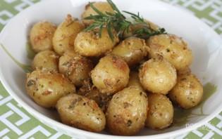 Молодая картошка в духовке - фото шаг 3