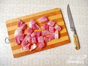 Свинина в горшочках с первыми летними овощами - фото шаг 2