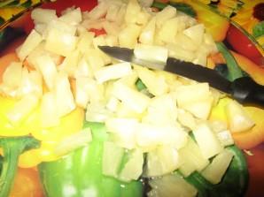 Салат с сельдереем и с ананасом - фото шаг 3