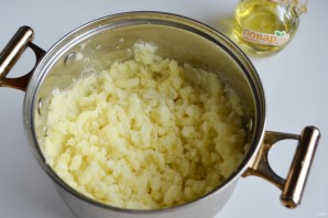 Сосиски в картофельном тесте - фото шаг 3
