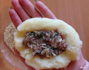 Картофельные зразы с фаршем в духовке - фото шаг 6