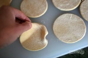 Тесто для ватрушек без дрожжей - фото шаг 4
