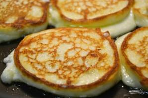 Сырники без яиц на сковороде - фото шаг 4