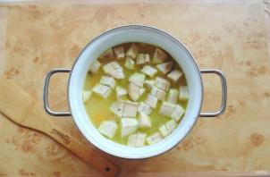 Фасолевый суп с баклажанами