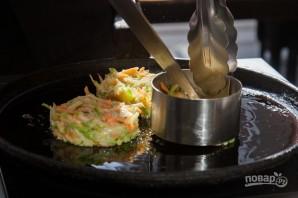 Оладушки с кабачками - фото шаг 6