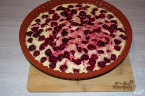 Вишневый пирог из замороженной вишни - фото шаг 6