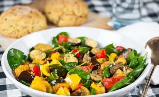 Кабачки, запеченные с овощами - фото шаг 3