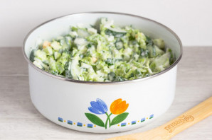 Зеленый салат с пекинской капустой - фото шаг 7