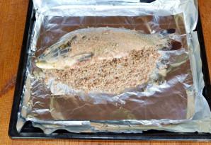 Карп с гречкой в духовке - фото шаг 6