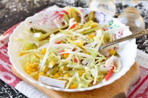Крабовый салат с соленым огурцом - фото шаг 7