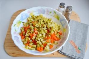 """Русский салат """"Оливье"""" - фото шаг 4"""