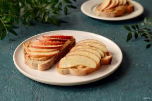 Бутерброды с арахисовой пастой - фото шаг 6