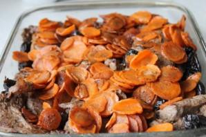 Говядина с черносливом в духовке - фото шаг 4