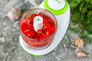 Сырая аджика из помидоров - фото шаг 3