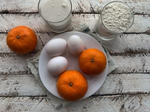 Заливной пирог с мандаринами - фото шаг 1