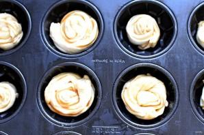 Розаны с карамелью - фото шаг 4