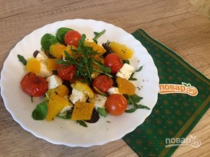 Салат с моцареллой, запеченными перцем и помидорами - фото шаг 8
