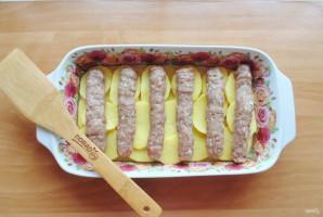 Чевапчичи с картошкой в духовке - фото шаг 10