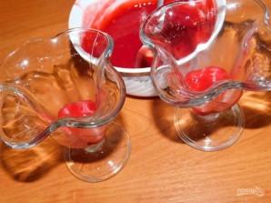 Творожно-сливочный десерт с малиновым пюре - фото шаг 3
