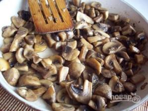 Суп-пюре с шампиньонами и сыром - фото шаг 2