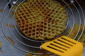 Закусочные картофельные вафли - фото шаг 4