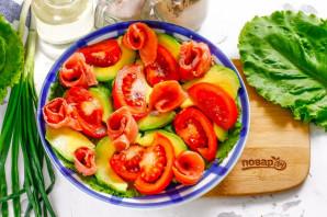 Салат из авокадо и красной рыбы - фото шаг 3