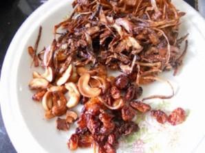 Рыба с пряным рисом и орехами - фото шаг 2