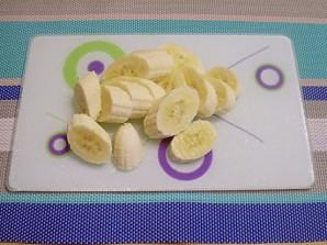 Банановый смузи - фото шаг 2