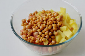 Салат с капустой и нутом - фото шаг 5
