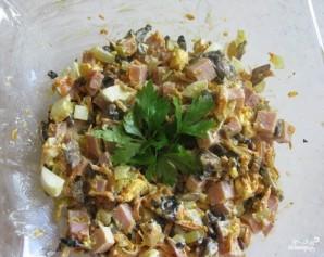 Салат с шампиньонами и ветчиной - фото шаг 7