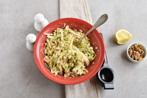 Салат с китайской капустой - фото шаг 4