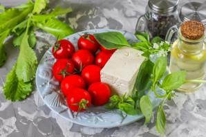 Салат с базиликом и помидорами - фото шаг 1