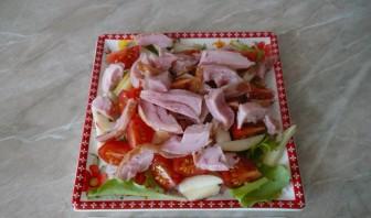 Салат с копченым мясом - фото шаг 7
