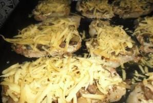 Отбивные из говядины с грибами - фото шаг 8