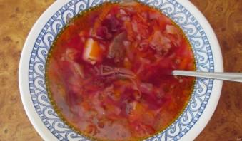 Борщ с тушенкой и помидорами - фото шаг 5