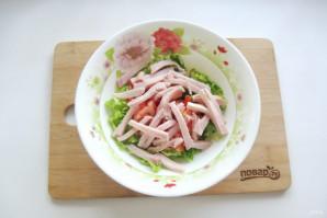 Салат с пекинской капустой и копченой курицей - фото шаг 4