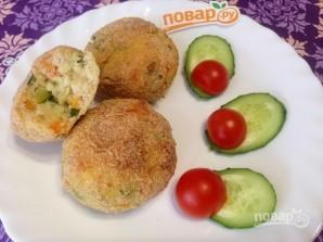 Картофельно-рыбные котлеты с овощами в духовке - фото шаг 12