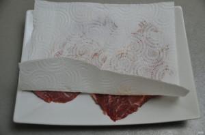 Шницель из мраморной говядины - фото шаг 2