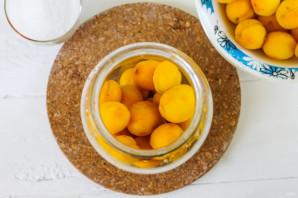 Компот из абрикосов без стерилизации - фото шаг 2